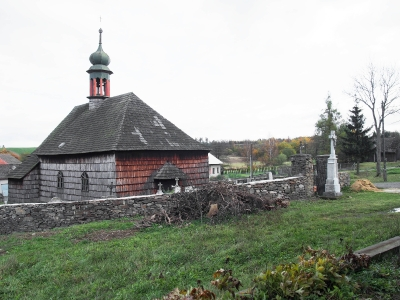 Dřevěný kostel sv. Jana Křtitele - Lipná