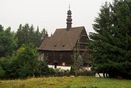 Dřevěný kostel sv. Petra a Pavla v Liberku _2
