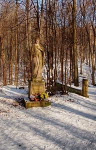 Dřevěná poutní  kaple sv. Kříže v Lískovci_4