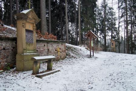 Křížová cesta s kaplí Panny Marie Růžencové (Suchý Důl )_7