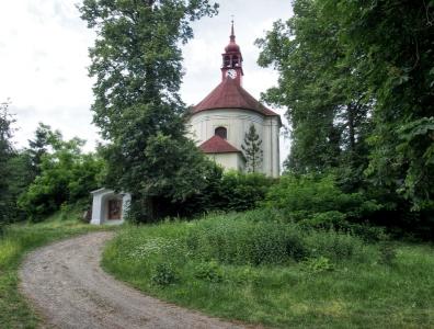 Stražisko - Kostel sv. Andělů Strážných s Křížovou cestou_5
