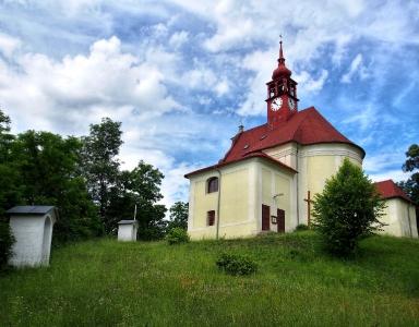 Stražisko - Kostel sv. Andělů Strážných s Křížovou cestou_8