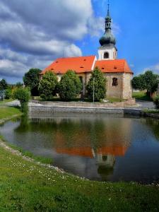 Erpružice - Farní kostel sv. Markéty_2