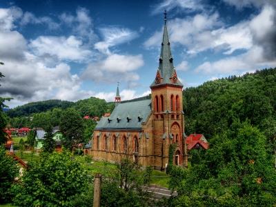 Kostel Nanebevzetí panny Marie, Horní Maršov_2