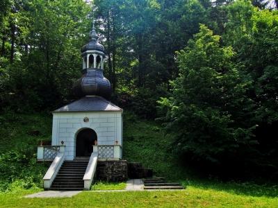 Poutní kostel sv. Anny a sv. Jakuba Většího Stará Voda (Libavá)_13
