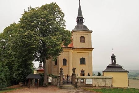Poutní místo s kostelem Panny Marie Bolestné Homole._21