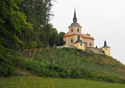 Poutní místo s kostelem Panny Marie Bolestné Homole._25