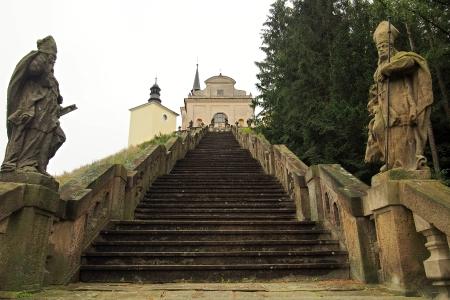 Poutní místo s kostelem Panny Marie Bolestné Homole._8