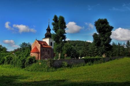 Stříbrná Skalice - Rovná - Románský kostel sv. Jakuba Většího_3